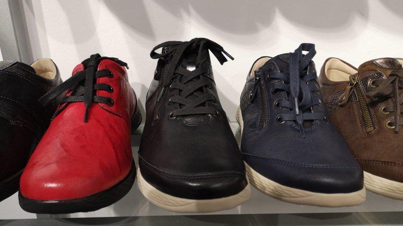 Modische Schuhe für lose Einlagen